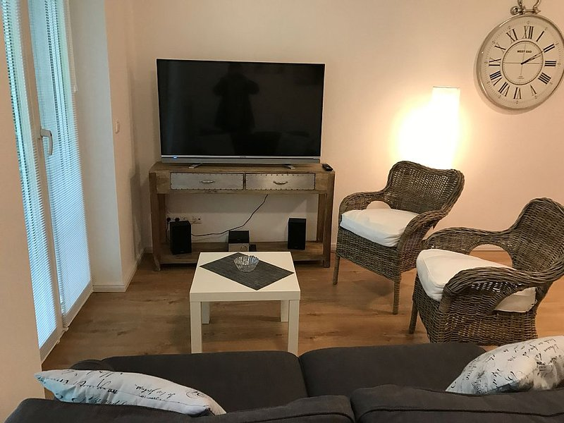 Fantastic apartment with balcony for 4 people in Hamburg Marienthal, Ferienwohnung in Hamburg