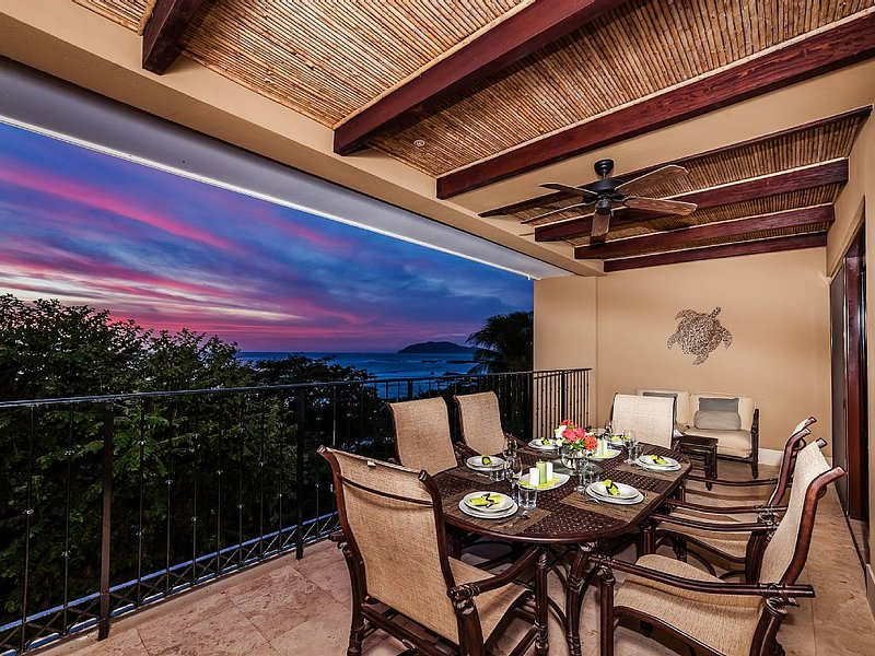 Crystal Sands, Luxury Living on the white Sands of Playa Langosta, Ferienwohnung in Tamarindo