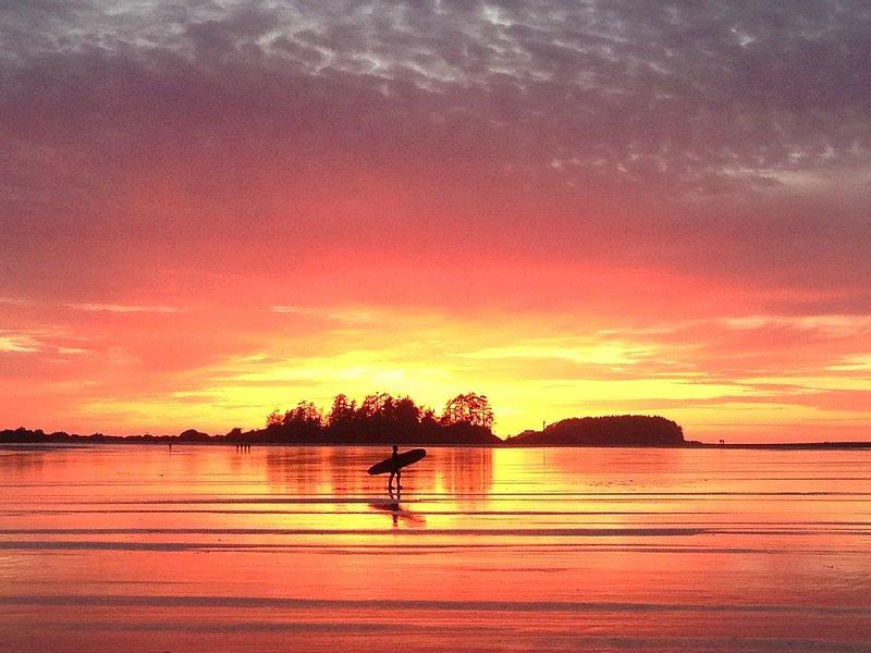 Sunset at Chesterman Beach- Frank Island