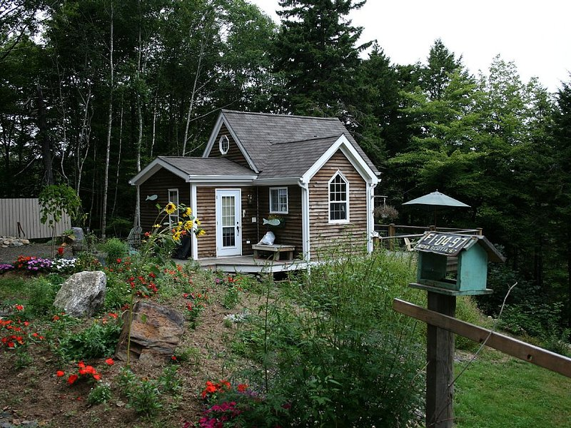 A Quiet Riverside Retreat, vacation rental in LaHave
