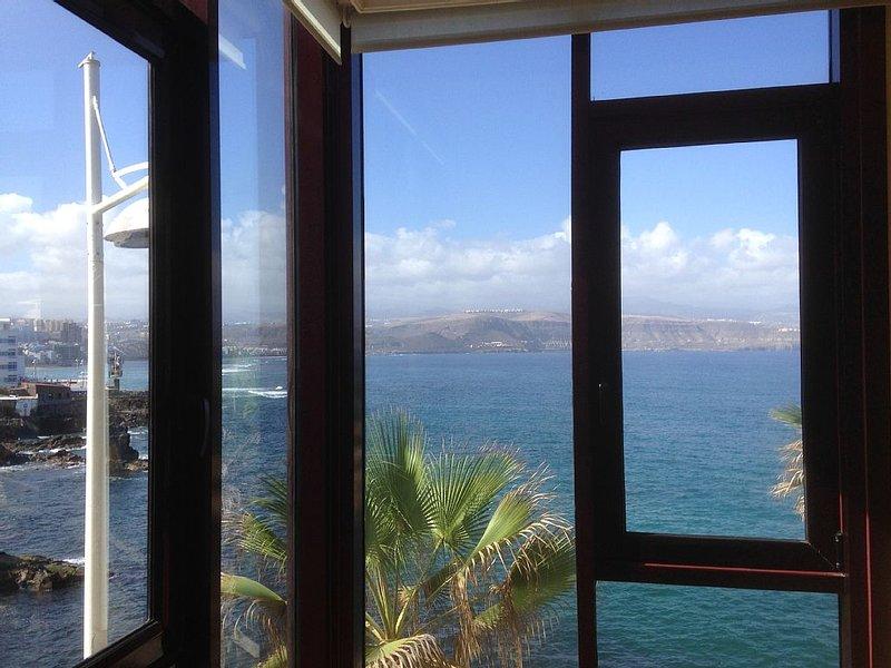 Primera linea de mar 2 habitaciones con vistas, aluguéis de temporada em Las Palmas de Gran Canaria