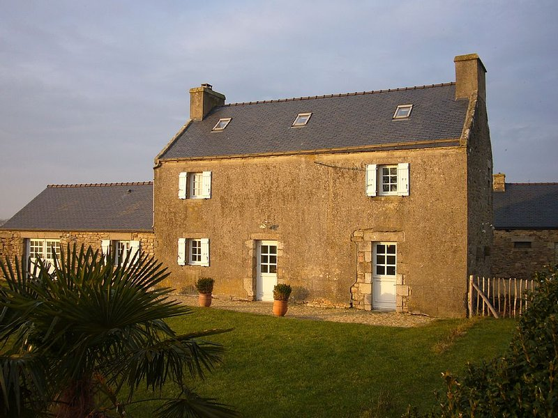 Maison de charme Finistère-Nord – Mer d'Iroise, 7 couchages, vacation rental in Plourin