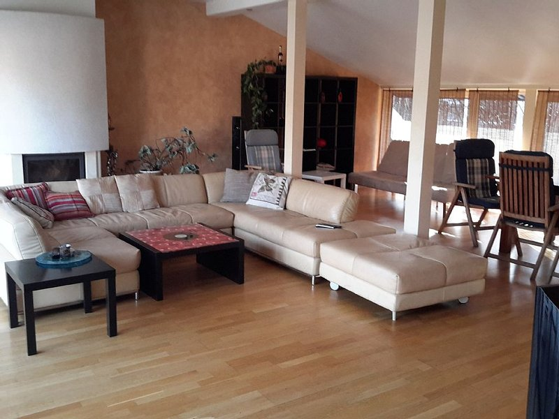 Apartment with terrace and jacuzzi., location de vacances à Riga