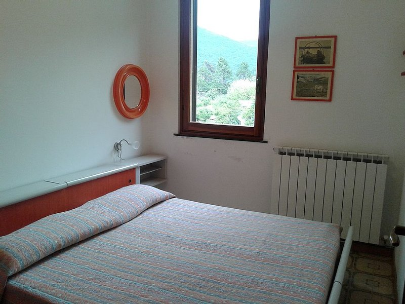 appartamento diretto sul mare, holiday rental in Deiva Marina