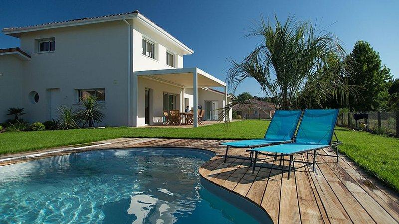 Maison de vacances avec piscine, holiday rental in Soustons