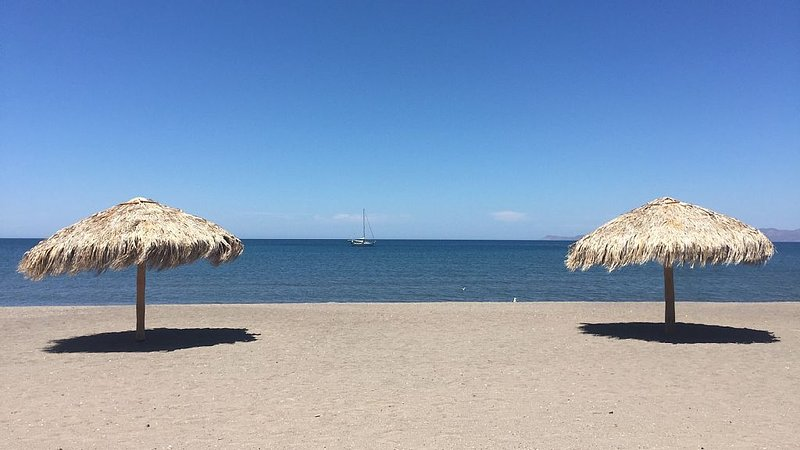 Beautiful 2 Bed, 2 Bath Casa Steps From The Beach & Pools In Loreto Bay, vacation rental in Loreto
