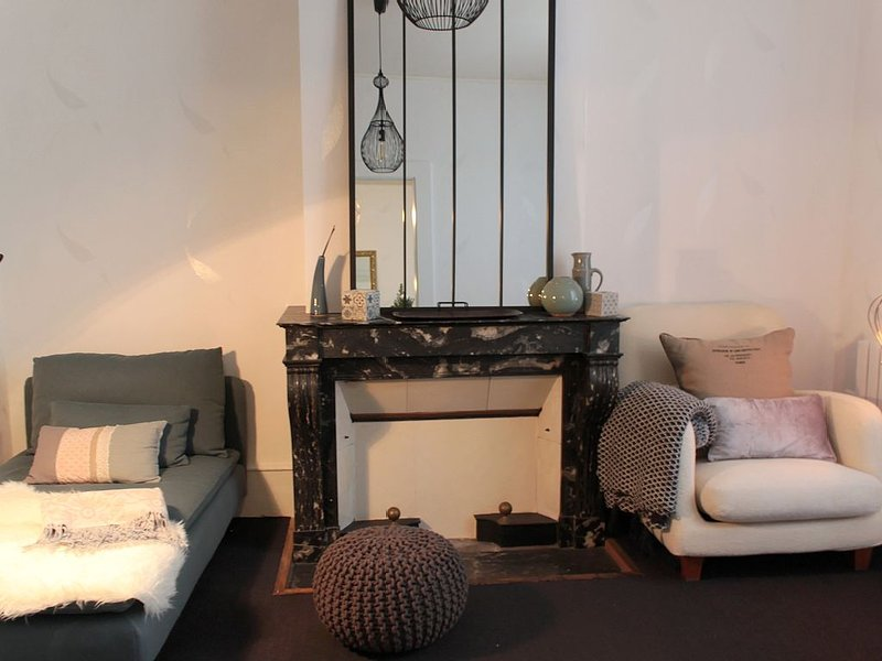 L' Aparté , logement pour deux personnes au coeur de Lons le Saunier, location de vacances à Geruge