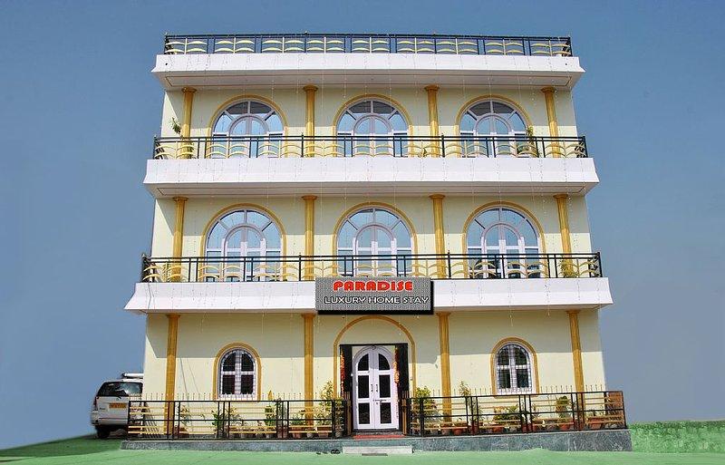 Paradie Luxury Homestay Khajuraho - A warm hospitality and personalise service!, location de vacances à Madhya Pradesh