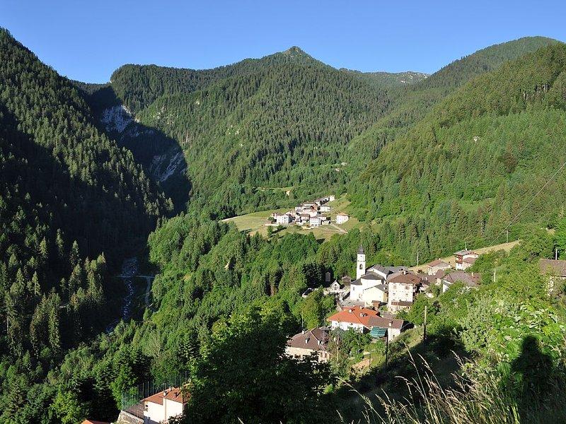 Vacanza in montagna: un respiro nella natura!, location de vacances à Mezzano
