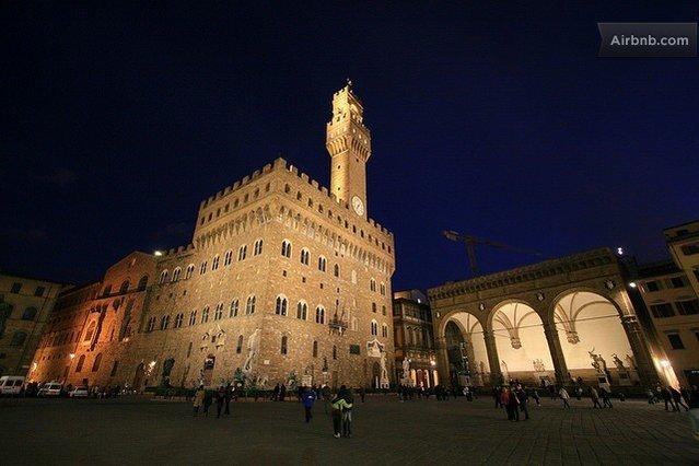 Palazzo Vecchio a 50 metri