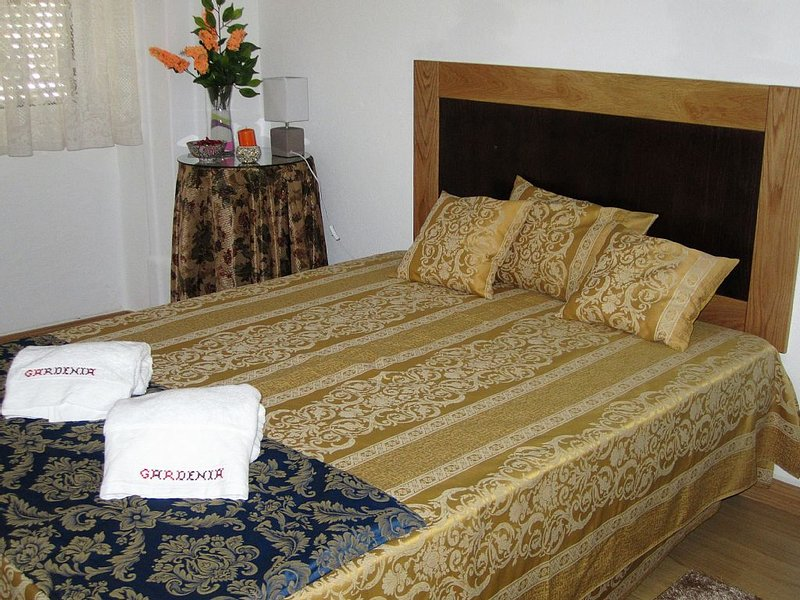 Enjoy countryside and Nature   as it was hundred   years ago, holiday rental in Alandroal