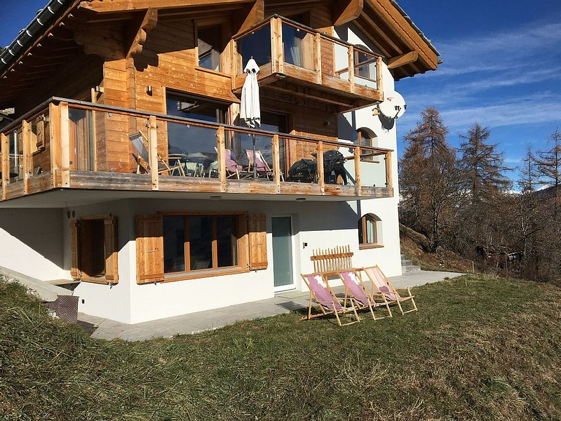Appartement Les Masses, Pied des Pistes, Luxe 2 chambres, holiday rental in Heremence