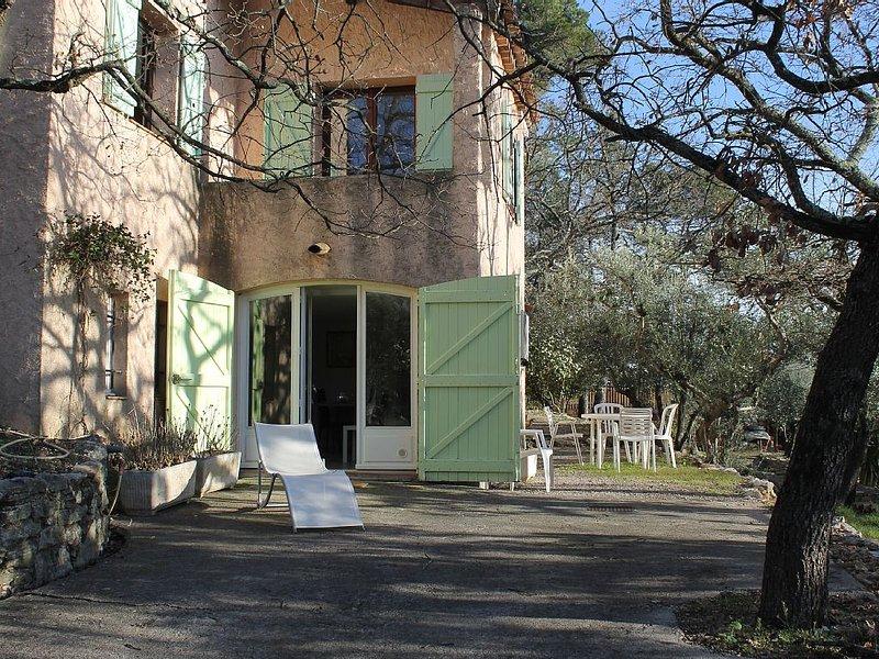 Appartement de plain-pied pour 4, holiday rental in Saint-Paul-en-Foret