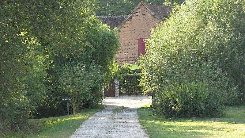 Maison solognote avec étang et prés à chevaux, location de vacances à Germigny-des-Pres