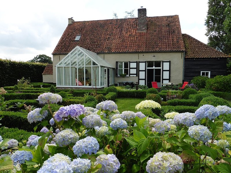 Ferme sous le vieux chene, holiday rental in Sint Andries