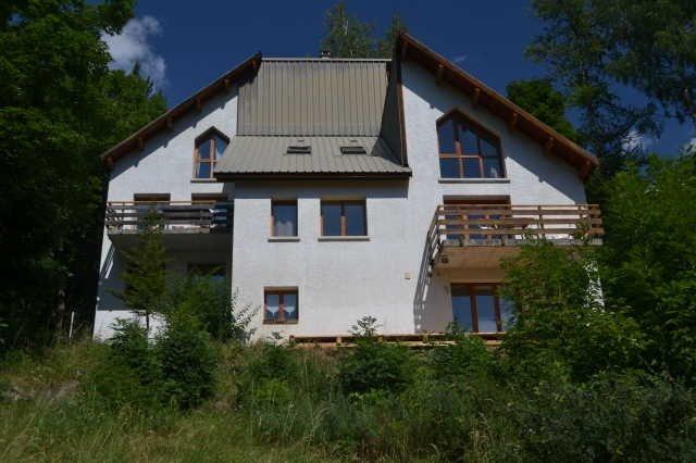Appartement spacieux en pleine nature, location de vacances à Colmars