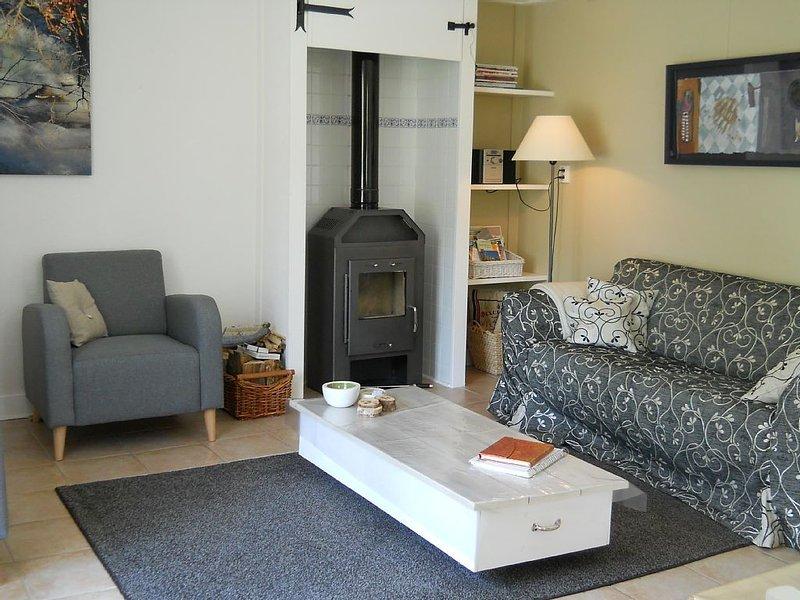Gîte très confortable, calme, wifi, Sancy proche Super Besse, location de vacances à Saint-Genès-Champespe