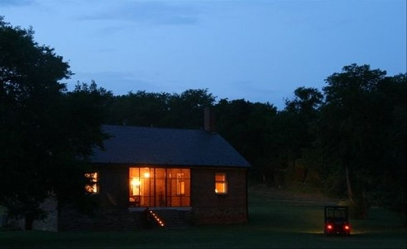 Robbins Nest Farm a Private Retreat Offering Secluded Luxury on the James River – semesterbostad i Buckingham