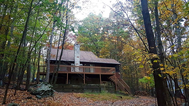 Home away from home Family Friendly Cabin, location de vacances à Bushkill