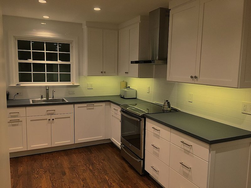 Remodeled, Updated, Perfect Location Next to Downtown/PSU!, holiday rental in Julian