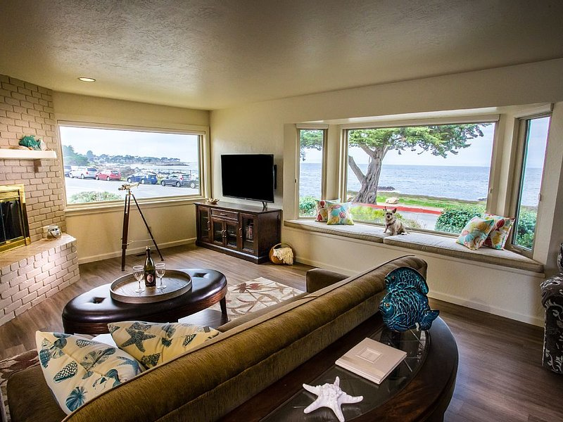 House on Ocean View Blvd sits on Pacific Grove Coastal Trail, location de vacances à Monterey County