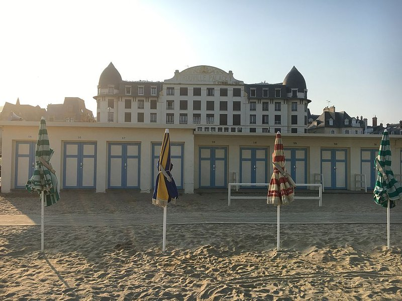 L'évidence sur les planches de Trouville, alquiler de vacaciones en Trouville-sur-Mer