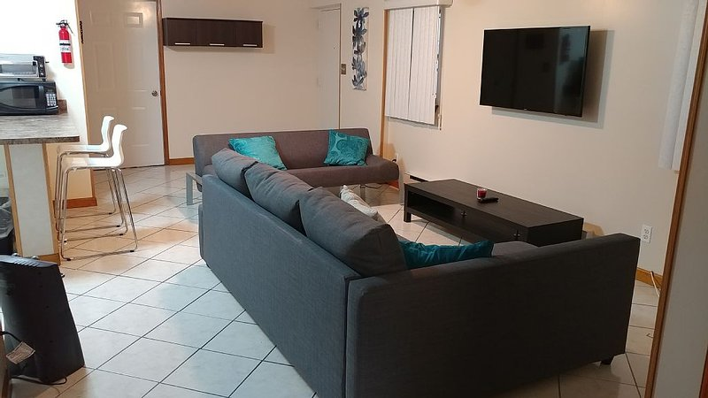 2 BR APARTMENT  Jersey City, Heights. Very close to NYC!!!, vacation rental in Jersey City