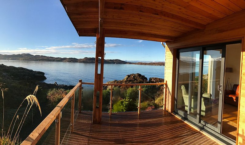 Stunning seaside home in the Scottish Highlands with its own private coastline, alquiler vacacional en Shieldaig