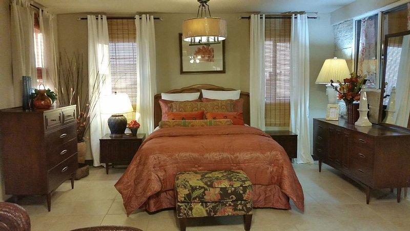 Christy's Villa # 4  'Spacious,Beautifully decorated one bedroom w/ Bathtub!!, alquiler de vacaciones en Rosarito