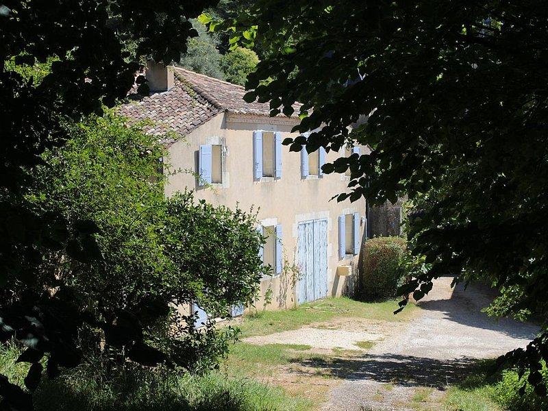 Entre Campagne et Océan, l'Ombrière accueille les amoureux de charme et nature., holiday rental in Saint Romain sur Gironde