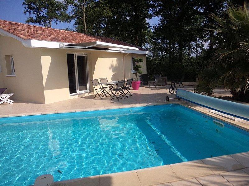 Appartement T2 avec piscine, alquiler de vacaciones en Landes