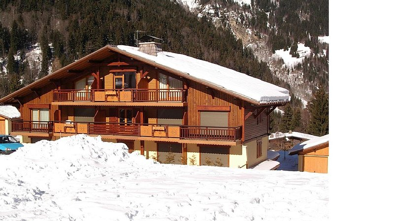 APPARTEMENT 6 PERSONNES LES CONTAMINES MONTJOIE, holiday rental in Les Contamines-Montjoie