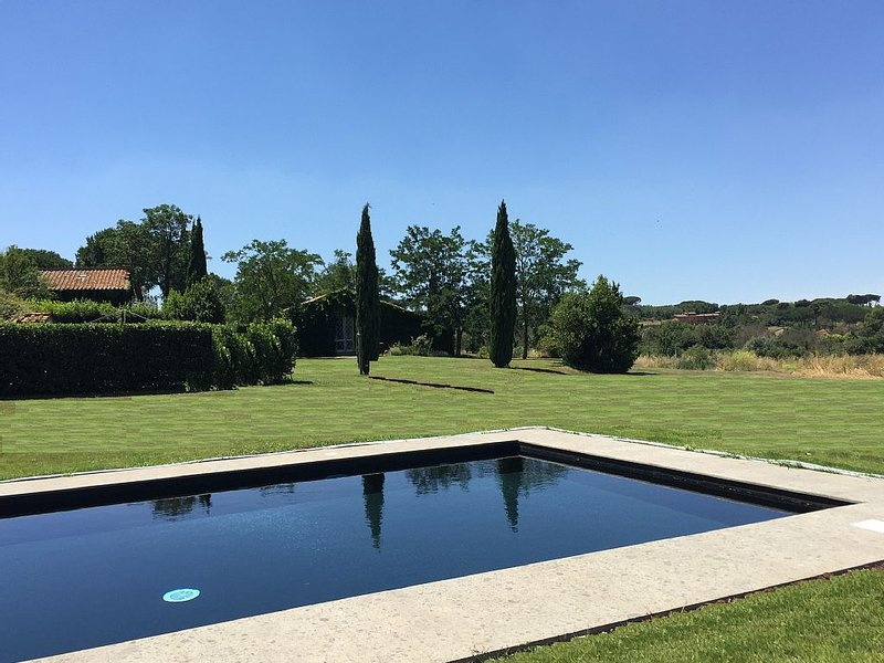 Rome Country House - Golf and Swimming pool - Casale Sant'Antonio, casa vacanza a Santa Maria delle Mole