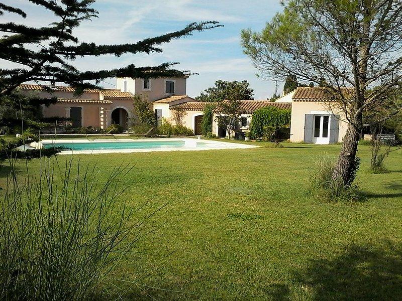 Gîte en Provence  pour 2, holiday rental in Velleron
