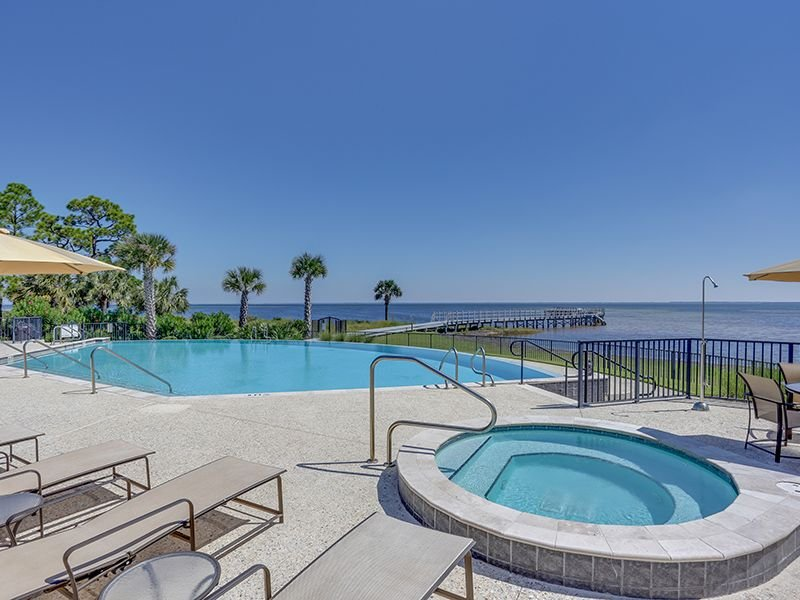 Ovations bay side pool and hot tub