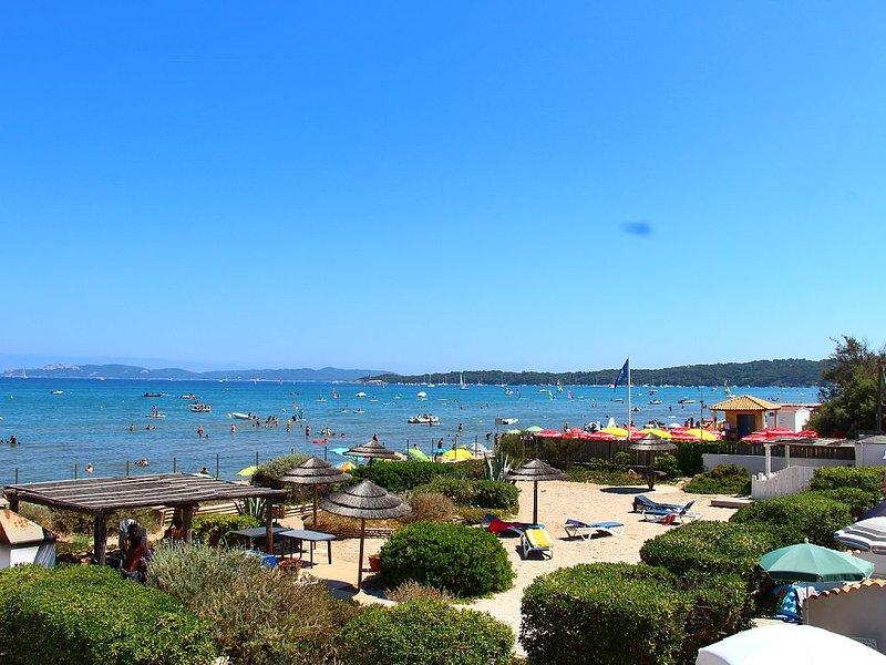 vue de la terrasse, vous êtes sur la plage!