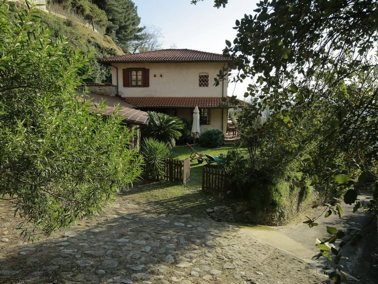 LA SELVACCIA - Sea-view Country House, Renovated, Independent, 190 m2, holiday rental in Azzano