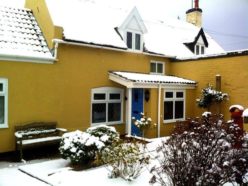 Snowy Admiral cottage