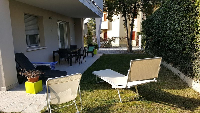 GARDASEE-EMOTION GREEN RELAX Wi-Fi gratuito, location de vacances à Peschiera del Garda