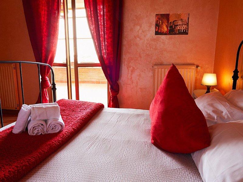 Romantica e accogliente Villa a Ciampino 6 camere 5 bagni giardino e vista Roma – semesterbostad i Ciampino