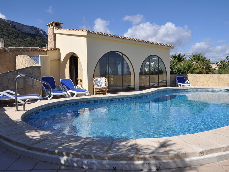 Freistehende, klimatisierte Villa von privat am Montgo in Denia, location de vacances à Denia