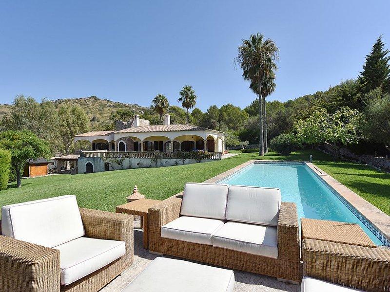 Luxury finca with spectacular views, aluguéis de temporada em Arta