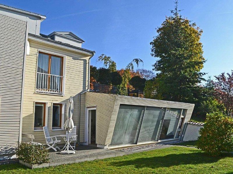 Haus Sonnenschein - Appartement Sonnenschein, holiday rental in Seebad Ahlbeck