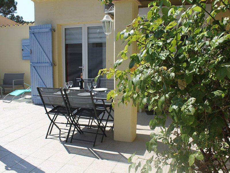 Villa- 3 piéces-5 pers. -  Ste Maxime - 1Km plage-PK privé- clim, location de vacances à Sainte-Maxime