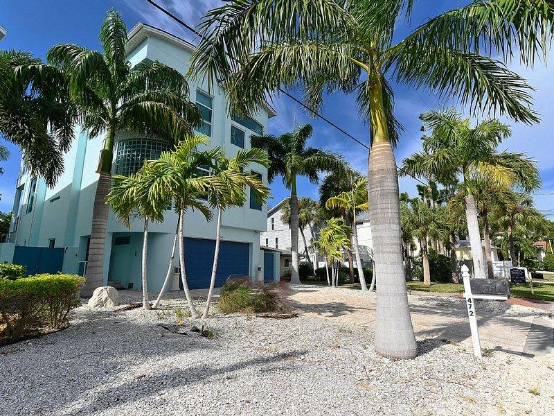 VILLA DE LUXE SIESTA KEY- 10 PERS. A 2 MN DE LA PLAGE- PISCINE ET SPA CHAUFFE, holiday rental in Sarasota