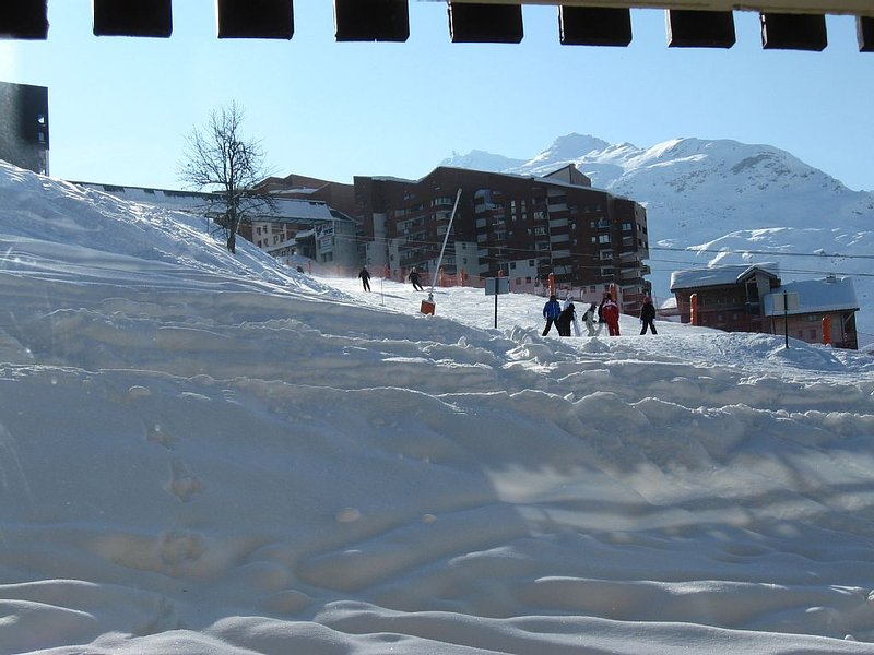 Studio cabin 4 people Asters foot of the slopes Les Menuires, holiday rental in Les Menuires