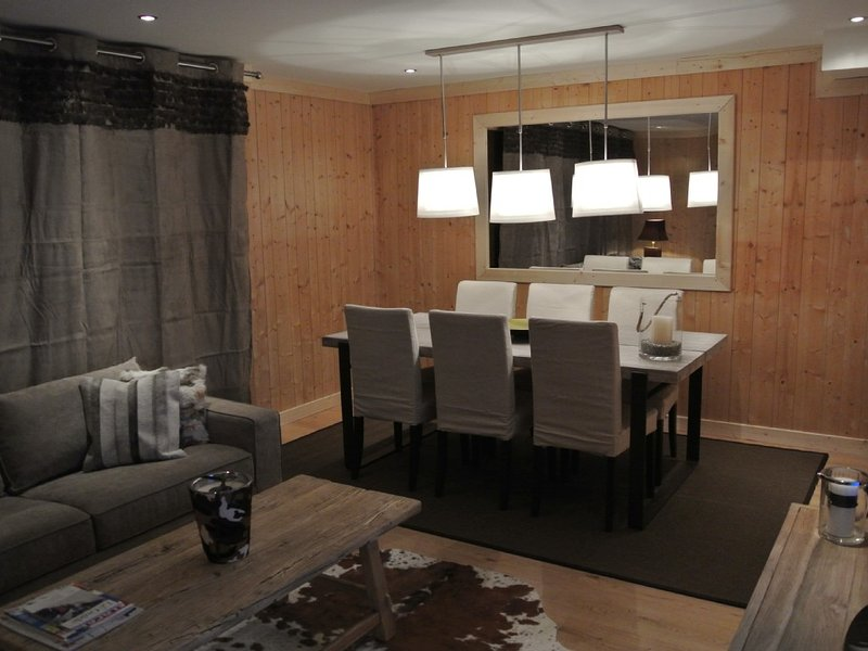 Luxury apartment in the center of Megève, alquiler vacacional en Megève