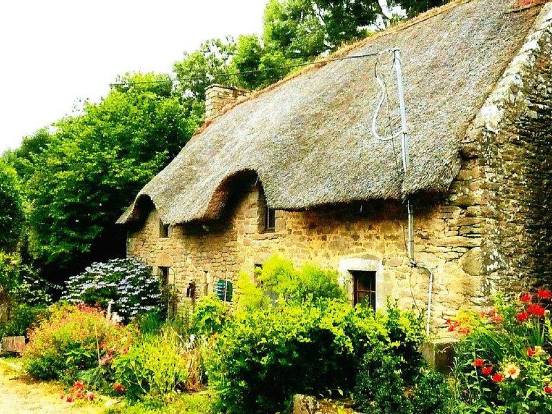 Maison de caractère dans le golfe du Morbihan proche de la mer, location de vacances à Plougoumelen