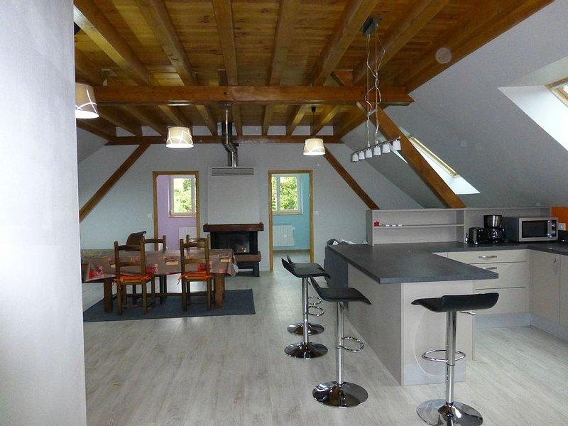 Spacieux, calme, avec garage sur la route des vins, proche Strasbourg, Obernai, holiday rental in Dahlenheim