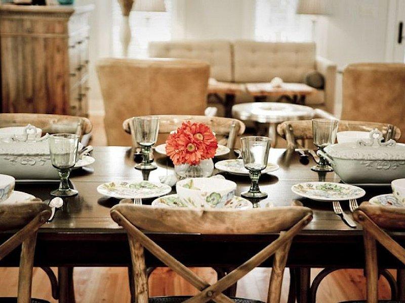 Herzlich willkommen an unserem Tisch